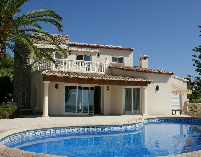 Property for sale: Exceptional villa in Cala ...